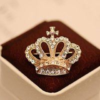Exquisite Fully-jewelled Crown Brooch For Women
