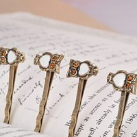 Exquisite Style Owl Shape Straight Alloy Hair Clip For Women
